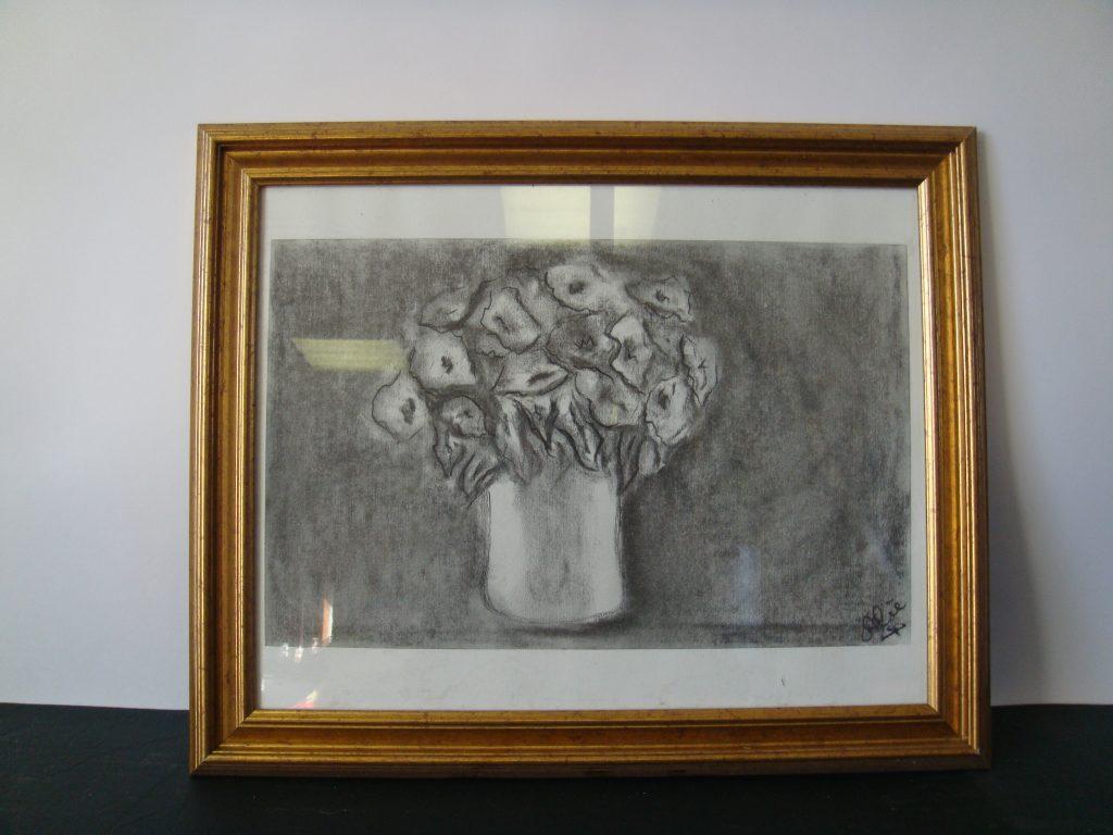 81-potje-bloemen-34x415cm.-houtskool-op-papier
